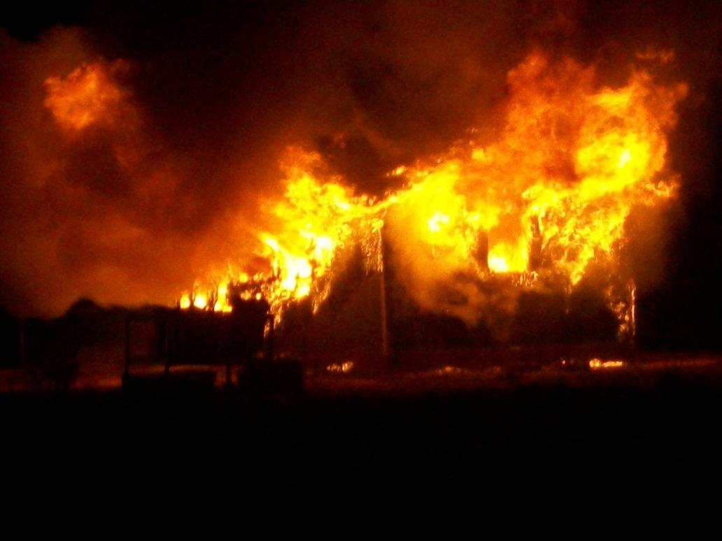 incendiu-dezastruos-comănești