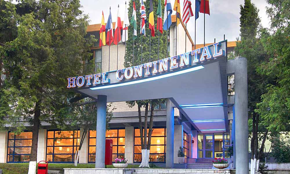 hotel-continental-mort-in-camera