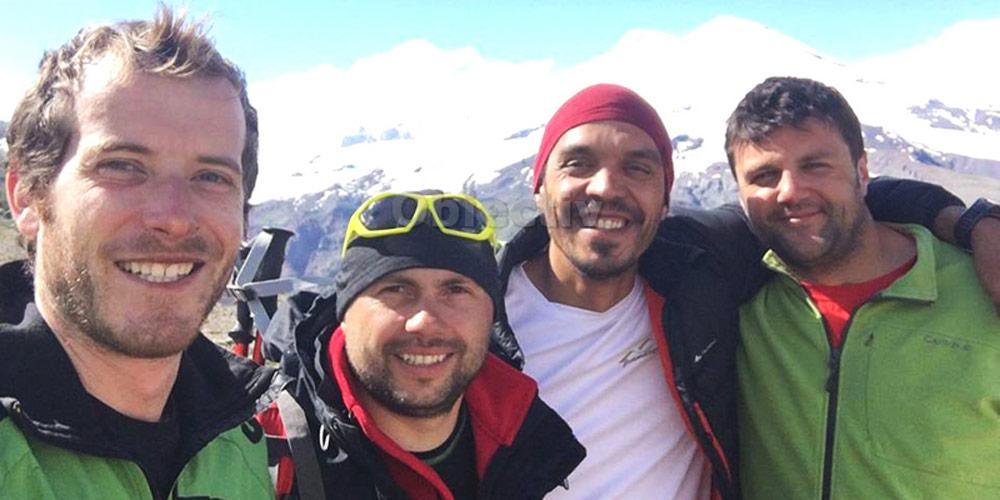 patru-suceveni-au-urcat-pe-cel-mai-inalt-munte-din-caucaz