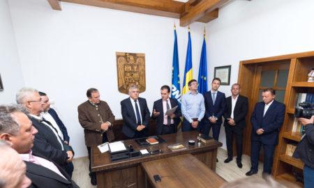 deschiderea-cabinetului-parlamentar-al-deputatului-dumitru-mihalescul-in-radauti
