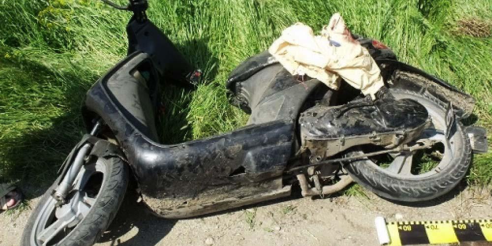 iaslovat-beat-si-fara-permis-ajuns-cu-mopedul-sant
