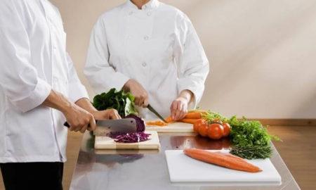 restaurant-cauta-ajutor-de-bucatar-salar-de-la-1700-lei