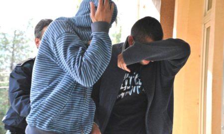 talharit de doi tineri