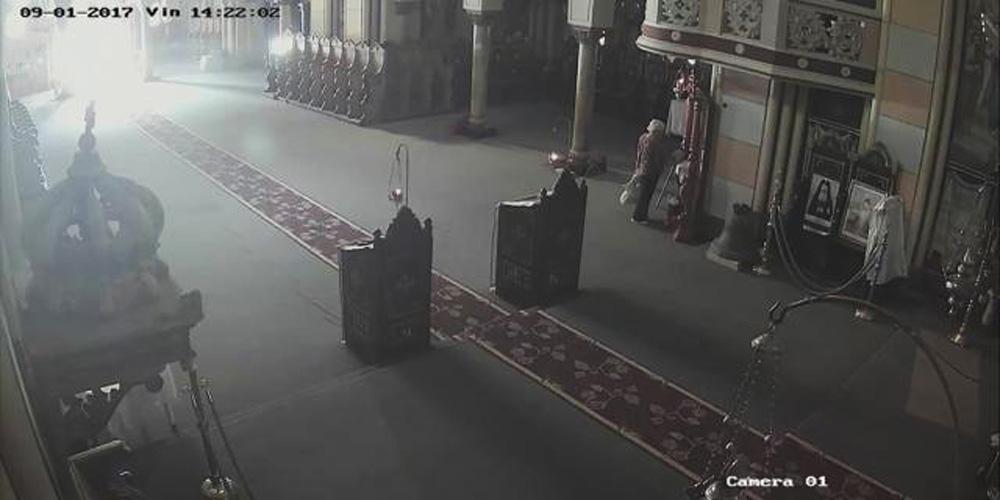icoana-furata-in-mijlocul-zilei-din-catedrala-ortodoxa-radauti