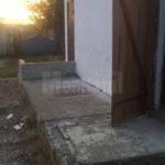 toalete-mizerabile-si-vechi-la-o-scoala-din-cajvana-4