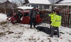 accident-grav-masina-spulberata-tatal-si-fiul-au-murit-1