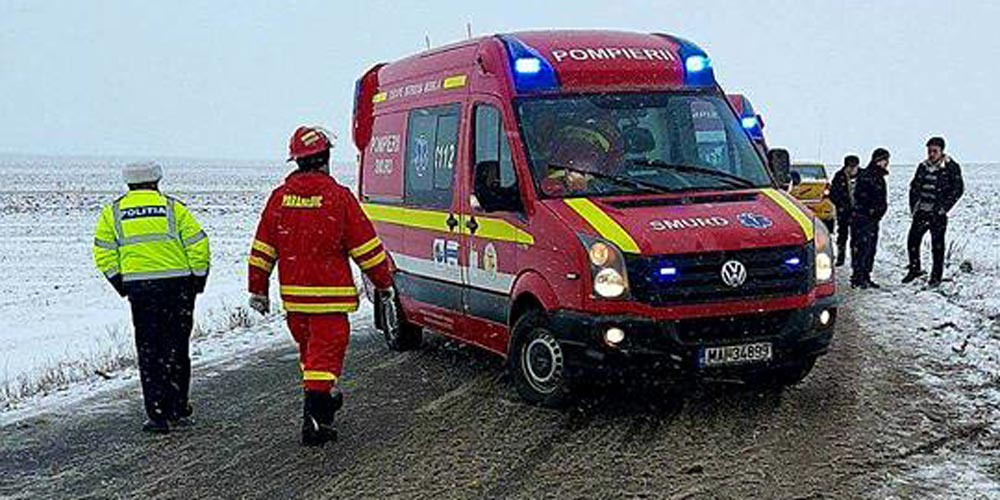 accident-mortal-la-dumbraveni-o-masina-intrat-intr-un-cap-de-pod-1