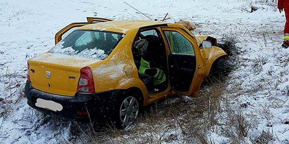 accident-mortal-la-dumbraveni-o-masina-intrat-intr-un-cap-de-pod-4