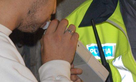 politia-rutiera-politist-etilotest-fiola