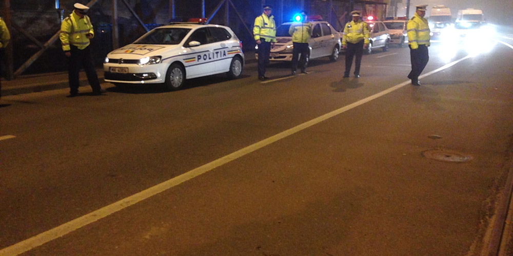 un-sofer-dat-cu-masina-peste-politistul-ce-incerca-sa-il-opreasca