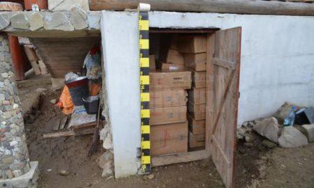 un-adevarat-depozit-de-tigari-descoperit-in-curtea-unui-sucevean-1
