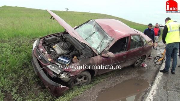 accident-grav-cu-o-masina-rasturnata-la-iesire-din-cumparatura-2
