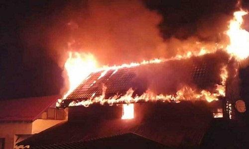 incendiu-costisa