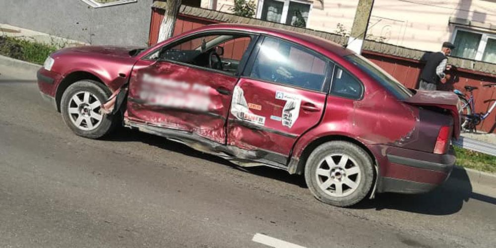 accident-grav-la-radauti-soferul-vinovat-a-ramas-blocat-sub-masina-4