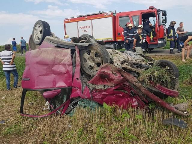 grav-accident-la-romanesti-o-persoana-a-decedat-si-patru-persoane-sunt-ranite-1