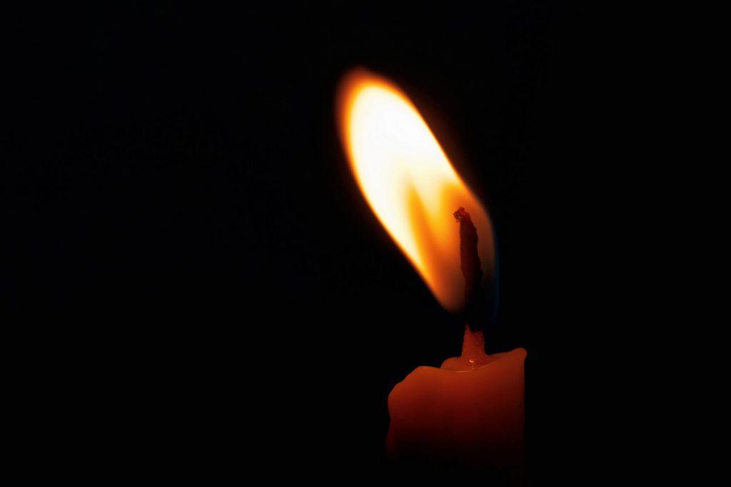 un-tanar-de-22-ani-a-murit-electrocutat-cand-incerca-sa-prinda-peste-folosind-curent-electric