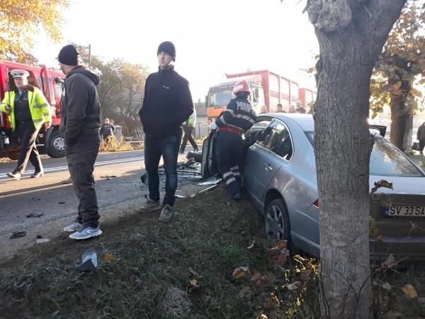 accident-mortal-in-vicovu-de-sus-cu-trei-masini-implicate-2
