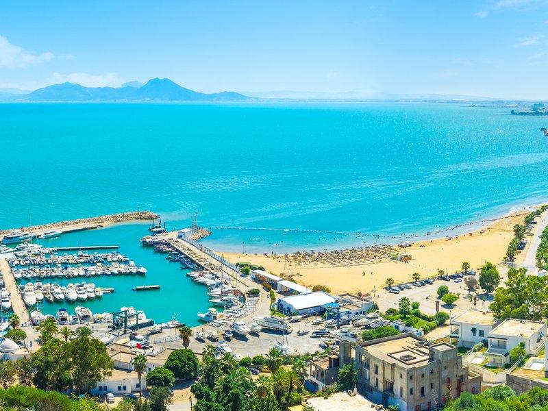 sucevenii-vor-avea-in-aceasta-vara-zboruri-de-vacanta-de-pe-aeroportul-ștefan-cel-mare-catre-turcia-egipt-și-tunisia